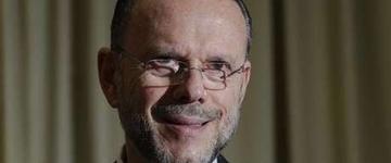 Luciano Coutinho assume presidência de Conselho da Petrobras