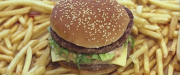 Cai o consumo de fast food entre jovens e crianças nos Estados Unidos