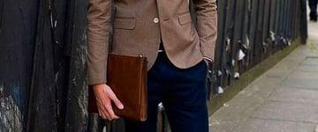 Roupa social ajustada é tendência de moda masculina no momento