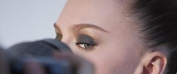Maquiador ensina os truques da maquiagem de inverno