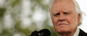 """""""Não importa como foi o seu passado, Deus quer perdoá-lo"""", diz Billy Graham"""