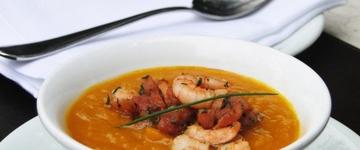 Restaurante badalado de São Paulo oferece festival de sopas até 16 de agosto