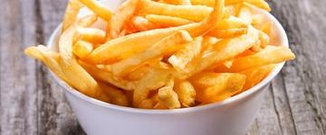 Saiba como reproduzir a batata-frita do McDonal's usando poucos ingredientes