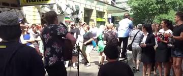 Músicos tentam silenciar pastor que pregava contra a homossexualidade, na Austrália