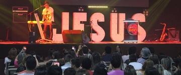 """Jean Carllos: """"As nossas igrejas estão cheias de pessoas que só olham para o próprio umbigo"""""""