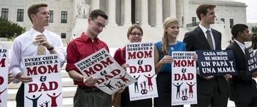 """Suprema Corte dos EUA aprova casamento gay e pastores protestam: """"Vai contra a natureza humana"""""""
