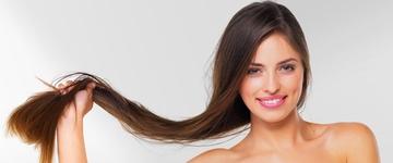 Conheça os 4 alimentos evitar quando quer deixar o cabelo crescer