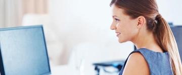 Saiba corrigir má postura que favorece para dor nas costas