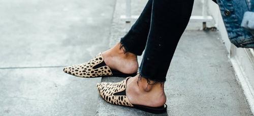 Looks que vão te inspirar a combinar jeans com flats. (Foto: Reprodução/Moda It)