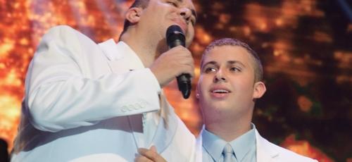 A música foi escrita em parceria com o filho de 18 anos. (Foto: Divulgação).