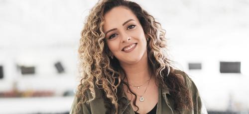 Gabi Sampaio estará no palco principal da Expoevangélica 2019. (Foto: DIvulgação)