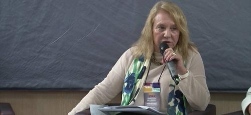 Jacqueline Pitanguy criticou a promoção dos valores bíblicos e defendeu a legalização total do aborto em entrevista à revista Marie Claire. (Imagem: Youtube)