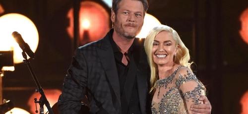 Blake Shelton (esquerda) e Gwen Stefani (direita). (Foto: AP Photo)