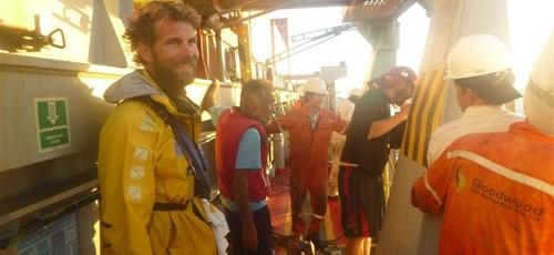 Pete Brown passou 9 dias perdido no mar, com mais dois amigos, até ser resgatado. (Foto: WTCV)