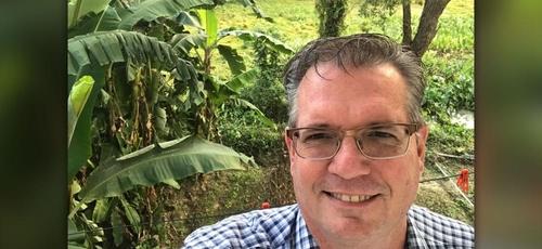 Pastor Bryan Nerren teve seu passaporte confiscado em um caso que envolve um julgamento cheio de mistérios ainda não explicados. (Imagem: CBN News)