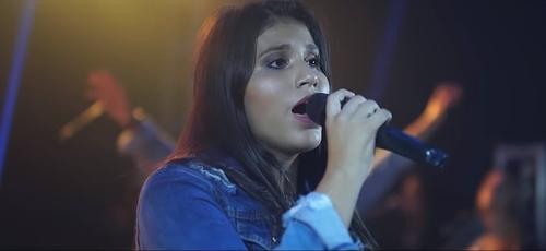 """Ministério Essence lançou o clipe da música """"Tu És o Meu Respirar"""". (Imagem: Youtube / Reprodução)"""