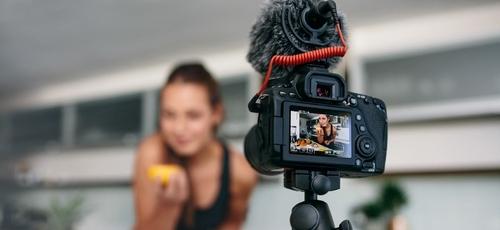 A maioria das publicações de blogueiros não pode ser considerada fontes confiáveis sobre controle do peso. (Foto: Jacob Lund/Creative Market)