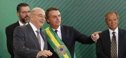 Presidente Bolsonaro e ministro Osmar Terra. (Foto: Reprodução/Renova Mídia)