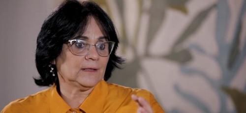 A ministra Damares Alves. (Foto: Elisa Kriezis/BBC)