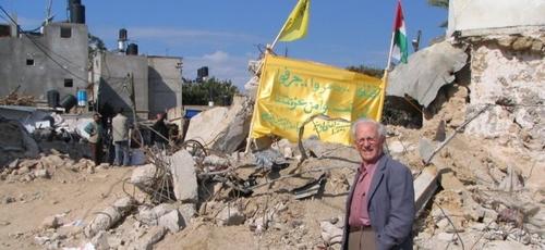 O Irmão André viu com os próprios olhos as consequências das guerras no Oriente Médio e fortaleceu irmãos na região. (Foto: Portas Abertas)