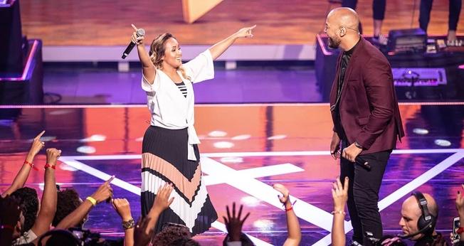 """Bruna Karla participou do single """"Eu Sou"""", no projeto """"Tríade"""", de Ton Carfi. (Foto: Renan Yudi)"""