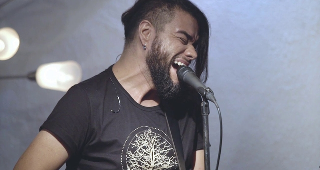 Mauro Henrique foi vocalista do Oficina G3 e hoje segue carreira solo, desenvolvendo projetos e parcerias com outros artistas. (Imagem: Youtube / Reprodução)