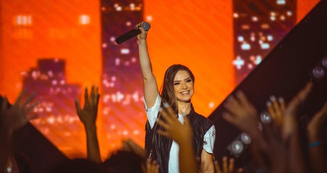 """Camila Campos está lançando o EP """"Fé, Esperança & Amor"""" - Vol. 1. (Foto: Rodney Machado)"""