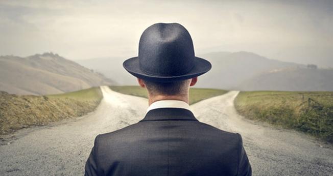 Escolhendo caminhos. (Imagem: SXC)