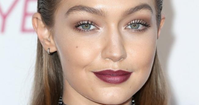 Os ombré lips apresentam uma proposta degradê nos lábios. (Foto: Frederick M. Brown/Getty Images)