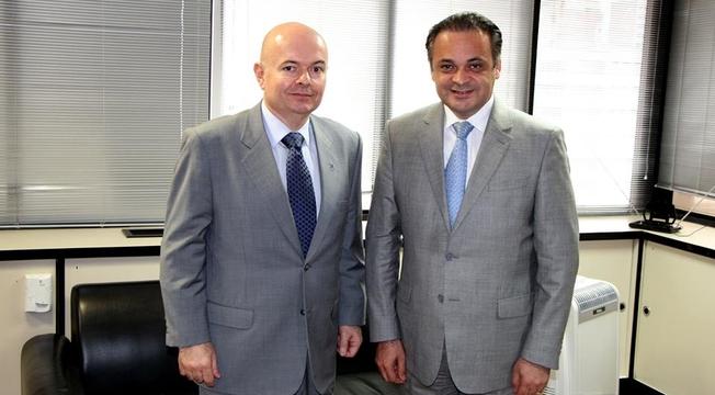 Roberto de Lucena e Constantino Karacostas