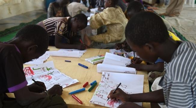 Desenhos de crianças nigerianas 1