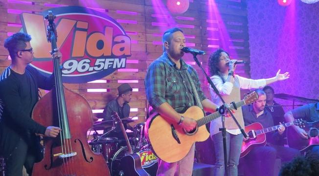 Estúdio Radio Vida 06 Fernandinho