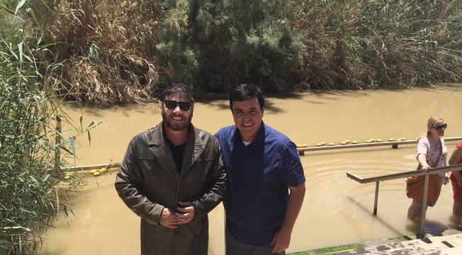 Ato Profético no Rio Jordão