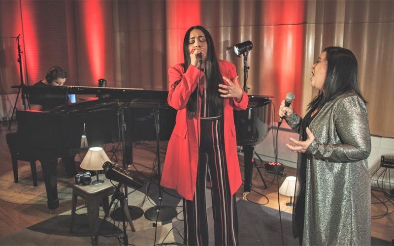 """Mitt Ramos gravou o single """"Espírito Santo / Santo Espírito"""" com sua mãe. (Foto: Divulgação)"""