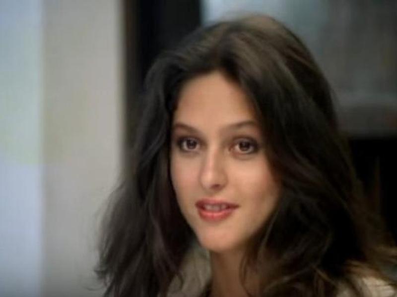 Simone Carvalho era conhecida por sua atuação em novelas na década de 80. (Foto: Reprodução/Globo)