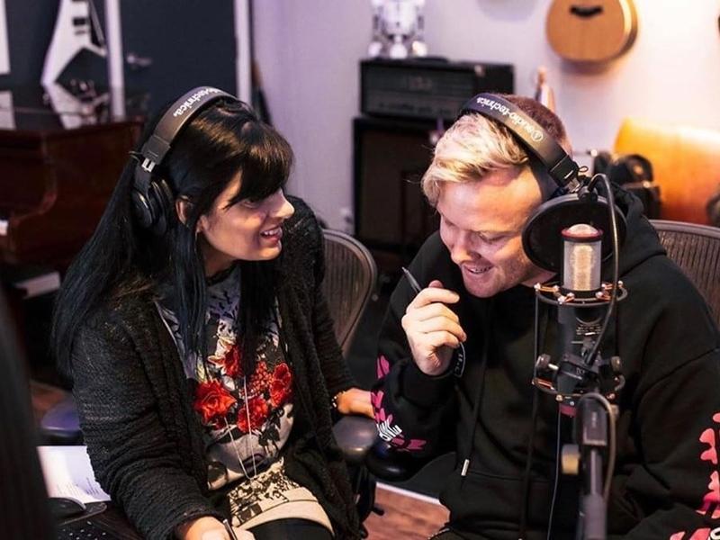 """Fernanda Brum e Joth Huth juntos para gravar """"Escolho a Ti"""" (""""I Choose You""""). (Foto: Divulgação)"""