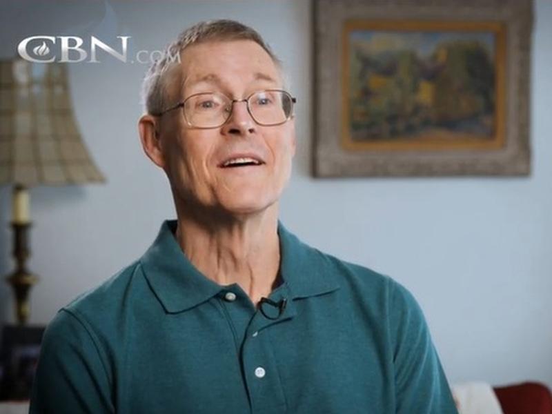 Paul Ernst era um cientista ateu, que se converteu após seus 50 anos de idade e hoje compartilha seu testemunho. (Foto: CBN News)