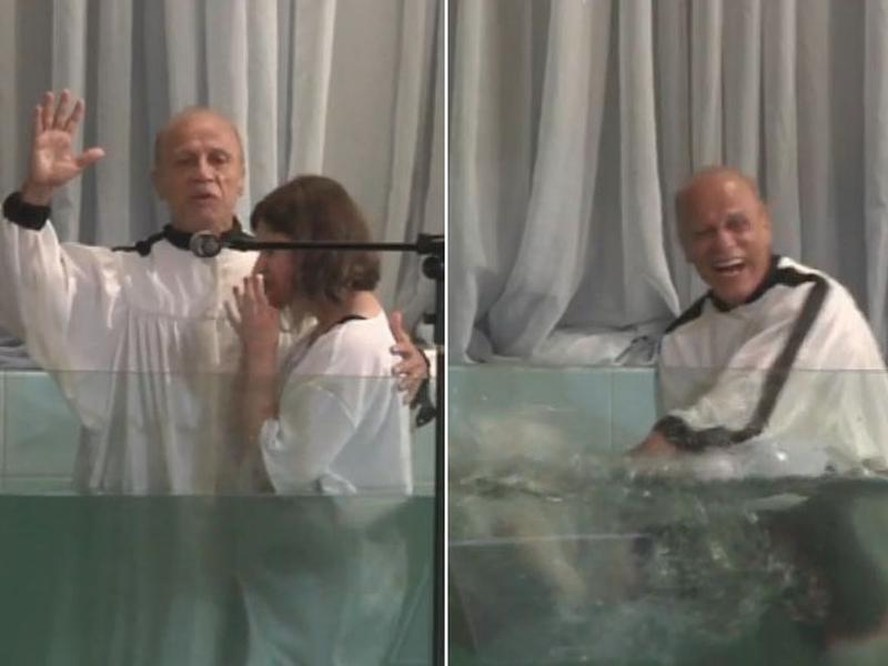 Geovana Palermo mergulhou após ser batizada pelo pastor Aloizio Penido. (Foto: Reprodução/Facebook)