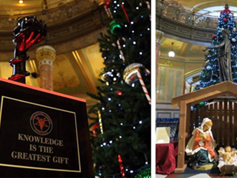 Monumento foi erguido pela segunda vez na sede da Assembleia Legislativa de Chicago. (Foto: Reprodução/Family Institute)