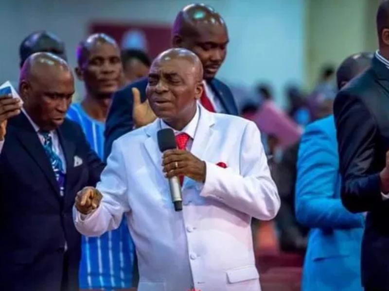 Bispo David Oyedepo, fundador e presidente da Living Faith Church Worldwide, na Nigéria. (Foto: Reprodução/Daily Post)