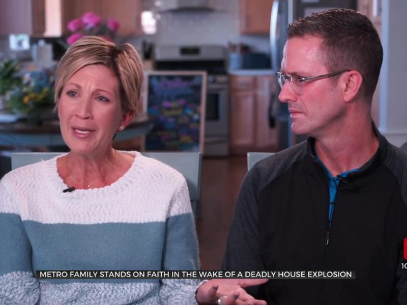 Tanda e Shawn perderam a filha de 14 anos em explosão que atingiu sua casa. (Foto: News 9)