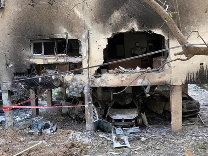 Residência do jogador Higor Vidal destruída por míssil lançado sobre Israel. (Foto: Reprodução / Instagram)