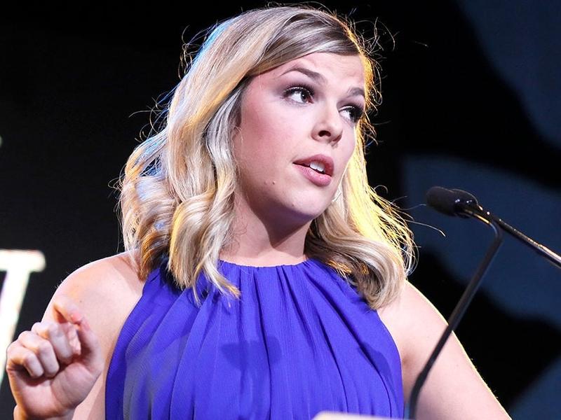Apresentadora conservadora Allie Stuckey durante palestra em Washington. (Foto: Paul Morigi/Getty Images)