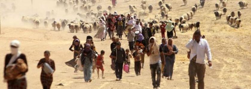 Sírios deixando o país