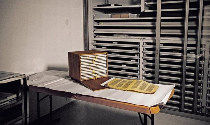 O Codex chegou a Israel em 1958, e foi transferido para o Museu de Israel, em meados dos anos 1980. (Foto: Michal Chelbin/ The New York Times)