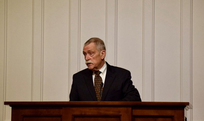 Joseph A. Pipa Jr. diz que as nações e a Igreja estão sendo refinadas por Deus. (Foto: Greenville Presbyterian Theological Seminary)