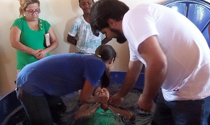 Batismo na comunidade Ninho do Pato