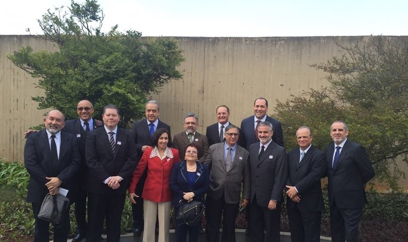 Líderes de diversas igrejas brasileiras formam o Conselho Apostólico Brasileiro (CAB). (Foto: Reprodução/Facebook/CAB)