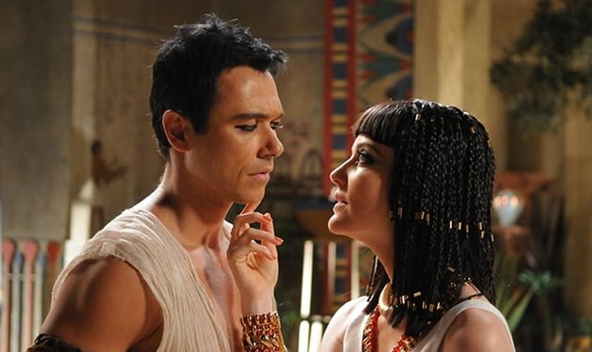 """Assista ao 5º capítulo da """"José do Egito"""""""