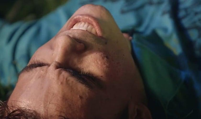 """Filme independente, """"Holy Ghost"""" terá estreia online; confira o trailer"""